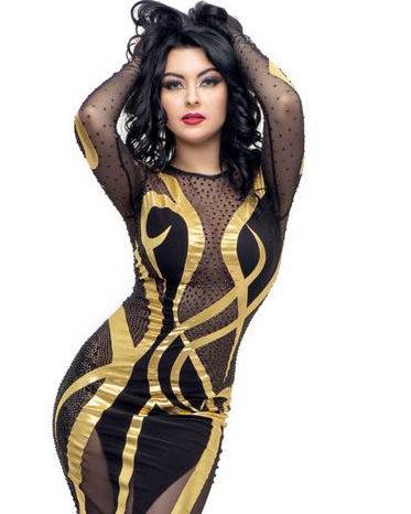 tn_YanaTsehotskaya_Ukraine_Kostüm Schwarz-Gold geschnitten